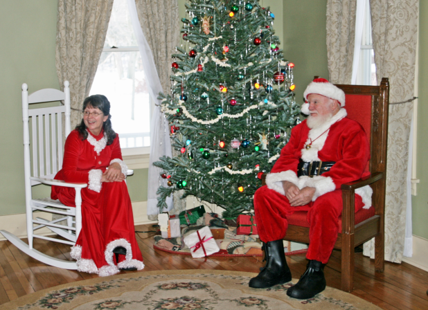 Santa at Weaver House photo
